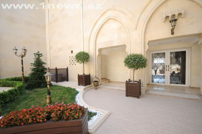 http://www.1news.az/images/articles/2012/08/17/2181369300449.jpg