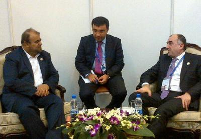 Глава МИД Азербайджана встретился с министром нефти Ирана