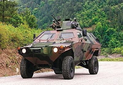 Азербайджан закупил у Турции броневики «Кобра»