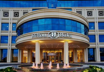 Гостиница Hilton Baku празднует год со дня открытия - ФОТО