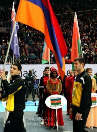Азербайджанские боксеры и флаг