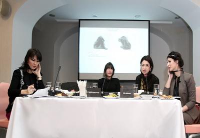 В Баку открылась выставка «Семейные ценности» британского скульптора Джейн МакАдам Фрейд - ФОТО