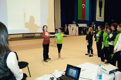 Азербайджанские специалисты по художественной гимнастике получили международные сертификаты