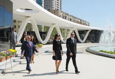 Ильхам Алиев принял участие в открытии «Зимнего бульвара» - ФОТО