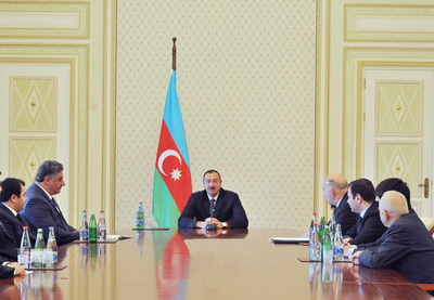 Ильхам Алиев: «Мы показываем Европе и всему миру, что Азербайджан никому не уступает в интеллектуальном развитии» - ФОТО