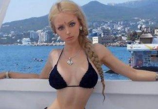 Девушка-Барби  сделала расистское заявление - ФОТО