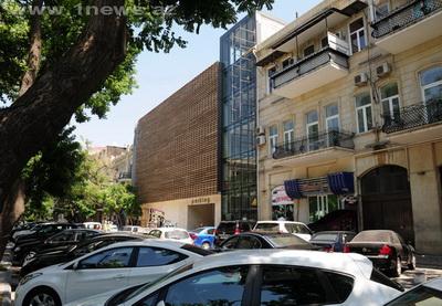 Обнародован список мест, которые могут быть выделены под парковки на улицах Баку - СПИСОК