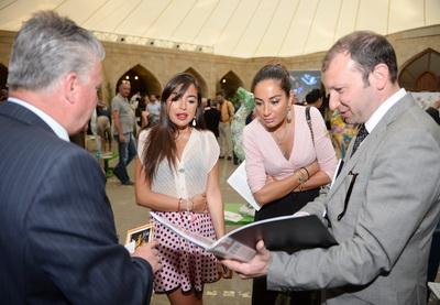 В Баку завершился пятый Международный фестиваль искусств «Девичья башня» - ФОТО