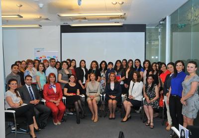 В Баку прошел HR Networking Breakfast с участием экспертов компании КПМГ - ФОТО