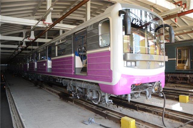 На линии бакинского метро выпустят отремонтированные вагоны - ФОТО