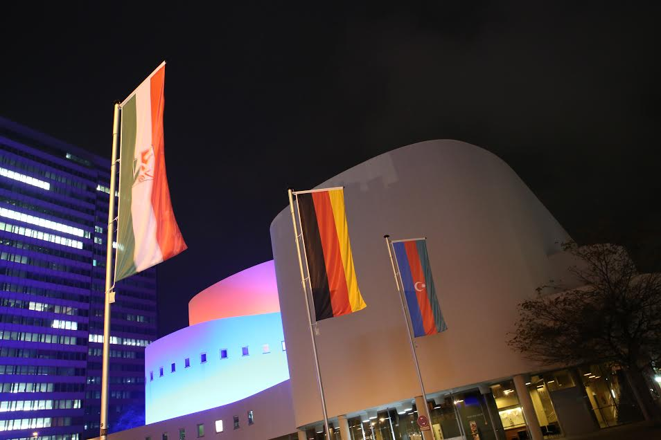 Фонд Гейдара Алиева организовал в Дюссельдорфе вечер азербайджанской культуры - ФОТО