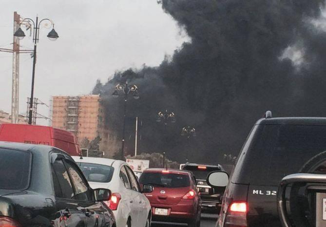 Во время пожара из девятиэтажного здания в Баку эвакуировали 140 жильцов - ФОТО - ВИДЕО - ОБНОВЛЕНО