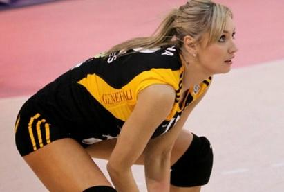 Знаменитая экс-волейболистка сборной Азербайджана завершила карьеру
