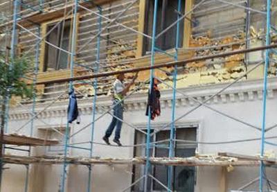 В Баку начали демонтаж опасного облицовочного материала со зданий - ФОТО - ВИДЕО