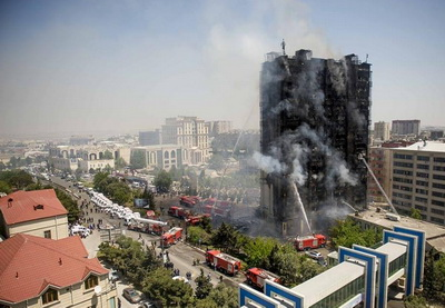 В связи с пожарами в Хатаинском и Бинагадинском районах Баку арестованы еще четверо