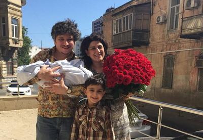 Мальчик и еще мальчик. Шахин Новрасли стал отцом во второй раз – ФОТО