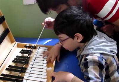 Центр Joy: Дети с инвалидностью демонстрируют положительные результаты - ВИДЕО