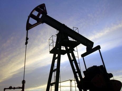 Цены на нефть падают в ожидании данных о запасах США