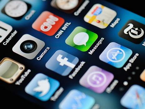 Азербайджан теряет миллионы, не привлекая Google, Apple, Facebook и прочих Интернет-гигантов к уплате налогов