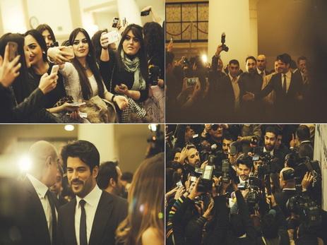 Невероятный ажиотаж бакинских поклонниц вокруг Бурака Озчевита в Киноцентре «Низами» - ФОТО - ВИДЕО