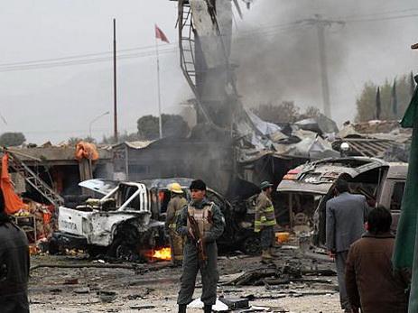 ВАфганистане смертник подорвал  себя нарынке, есть жертвы