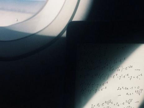 Учёного, решавшего всамолёте уравнение, подозревали втерроризме