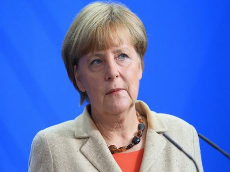 Меркель призвалаЕС немстить Великобритании напереговорах оBrexit