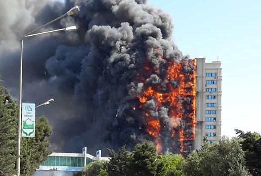 Жительница сгоревшего дома на проспекте Азадлыг: «Упав в подъезде, я воззвала к Аллаху, прося, чтобы хоть внук остался жив»