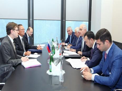 Путин: РФ выступает закомпромиссное решение вКарабахе
