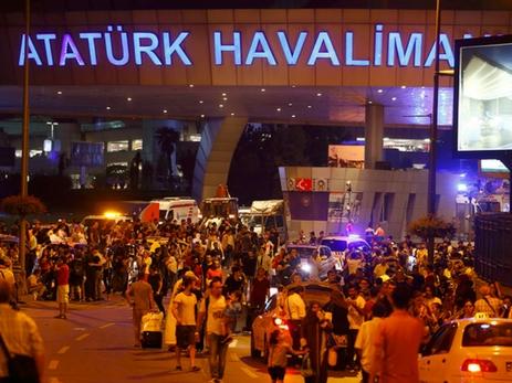 Ваэропорту Ататюрка вСтамбуле арестовали террориста-смертника— Турецкие СМИ