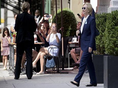 Лечащий доктор Клинтон поделилась суждением оее«душевном состоянии»