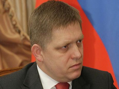 Премьер Словакии: Украина делает менее РФпо«минским соглашениям»