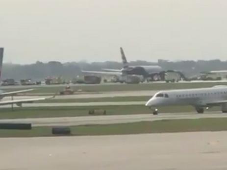 Ваэропорту Чикаго зажегся Boeing спассажирами: есть пострадавшие
