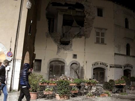 Без жертв, однако есть пострадавшие иразрушения— Землетрясение вИталии