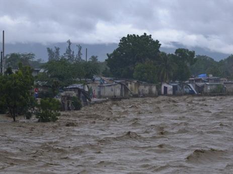 ВГаити впроцессе наводнения рухнул дом, погибли 4 человека