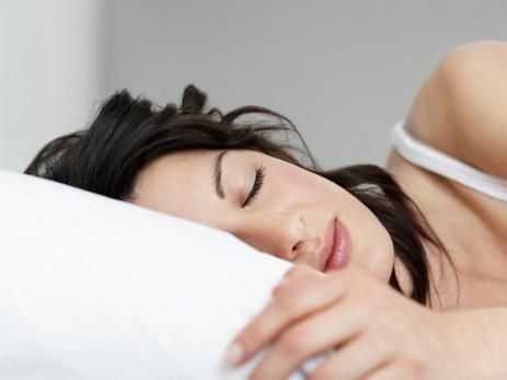 Ученые поведали, почему люди невсегда видят сны