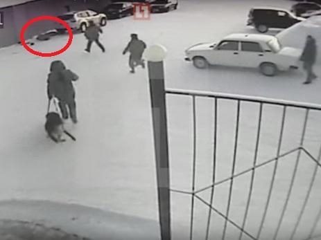 Появилось засекреченное видео расстрела сотрудника колонии вКоми