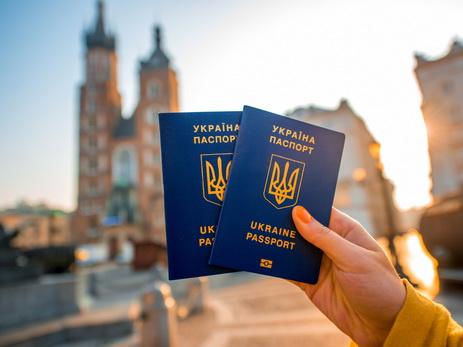 Порошенко призвалЕС закончить предоставление Украине безвизового режима