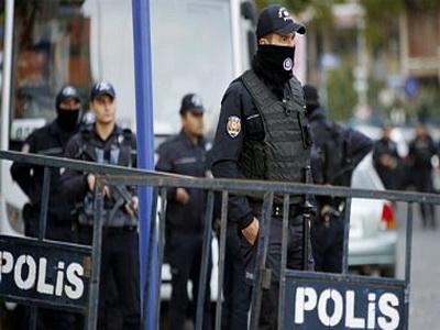 Руководство Турции уволило около 15 тыс. человек всвязи с изучением путча