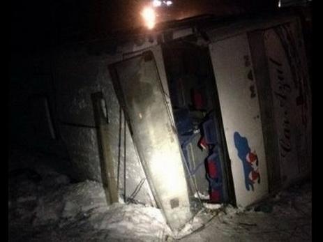 ВДнепропетровской области перевернулся пассажирский автобус, есть жертвы