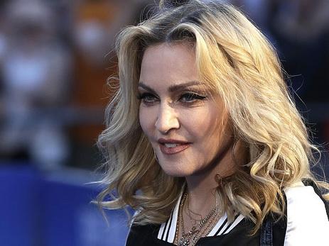 Эстрадная певица Мадонна стала дамой года поверсии журнала Billboard