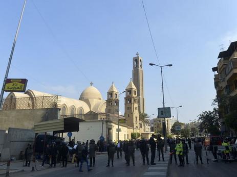 Неменее 20 человек погибли при взрыве вхристианском соборе вКаире