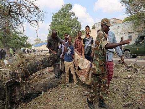 Неменее 16 погибших— Теракт вМогадишо
