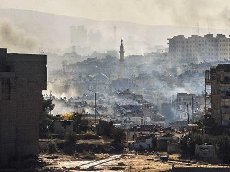 Боевики наавтобусах начали покидать восточный Алеппо