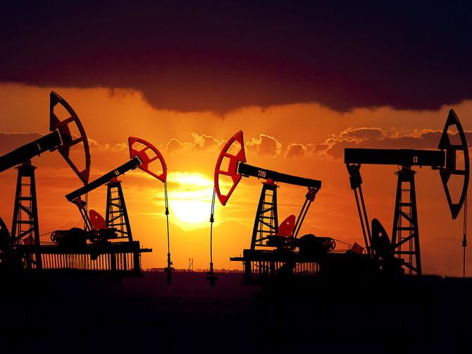 Цена нефти марки Брент превысила 57 долларов забаррель