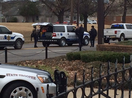 Захватившего заложников вбанке Алабамы задержали