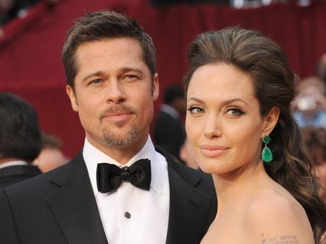 Джоли иПитт приняли решение не рассказывать информацию освоем разводе