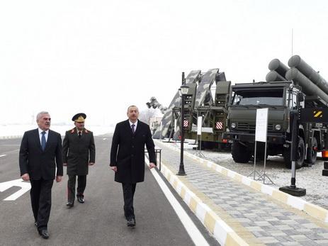 Президент Ильхам Алиев принял участие в открытии солдатского общежития и армейского бытового комплекса - ФОТО
