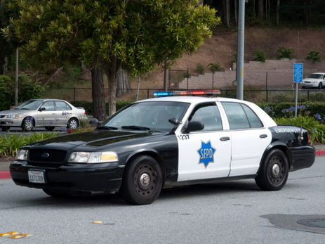 Американские полицейские убили владельца дома вместо преступника