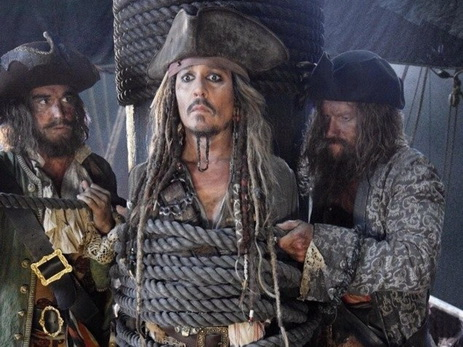 Джек Воробей появился вновом тизере «Пиратов Карибского моря»